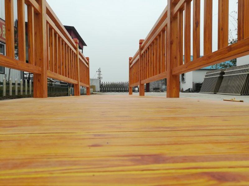 仿木纹玻璃钢护栏3